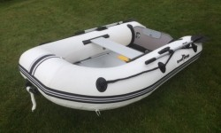 rubberboat